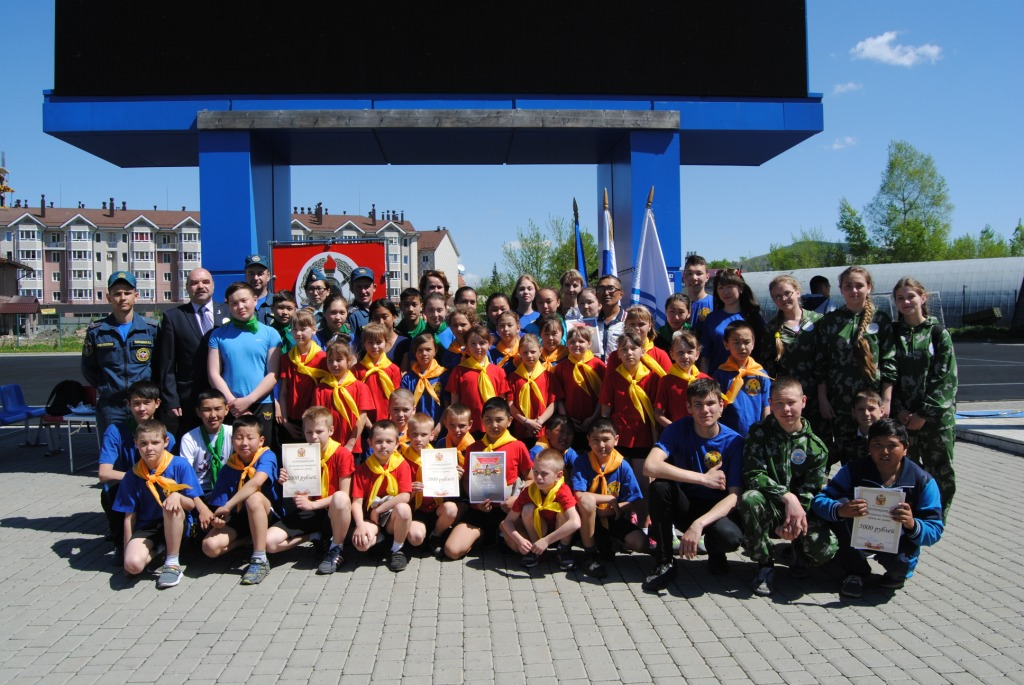 В г. Горно-Алтайске прошли соревнования по пожарно-прикладному спорту среди школьников