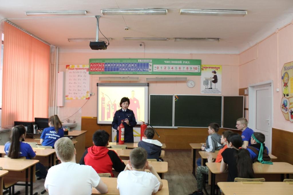 О пожарной безопасности в школах Республики Алтай.