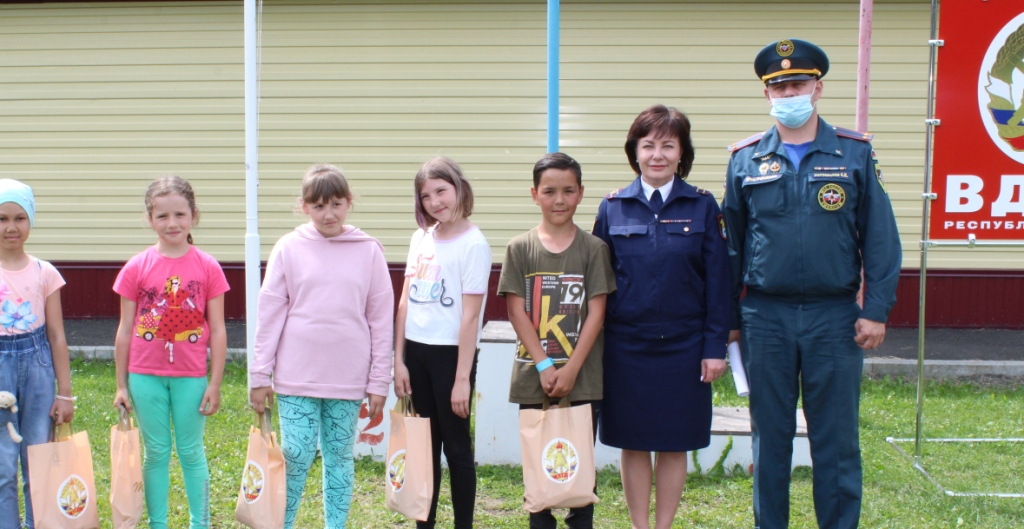 Игра «Лабиринт смелых»  в детском оздоровительном лагере «Космос» г. Горно-Алтайска.
